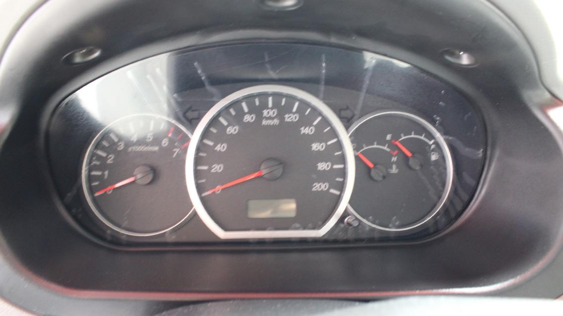 五菱汽车 五菱宏光 2013款 1.2l s 手动舒适型