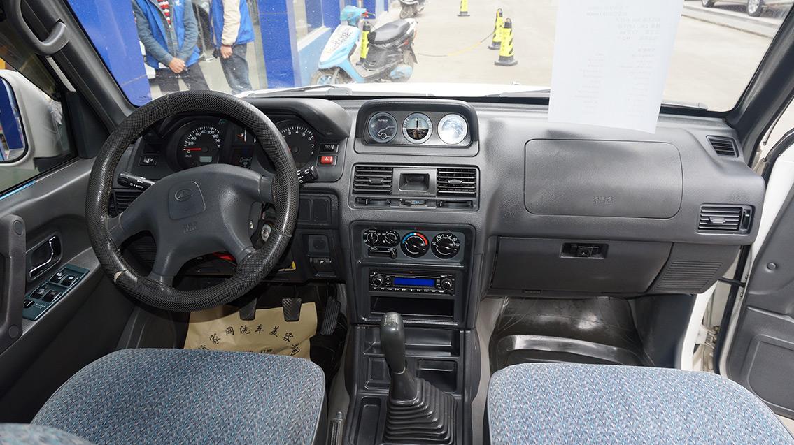 猎豹汽车 黑金刚 2009款 2.4l 手动两驱