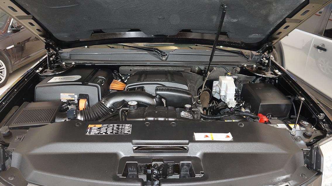 凯迪拉克 凯雷德escalade 2010款 6.0 hybrid